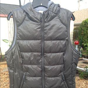 Tangerine gray metallic hooded insulated vest.
